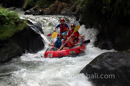 Activity On Ubud White Water River