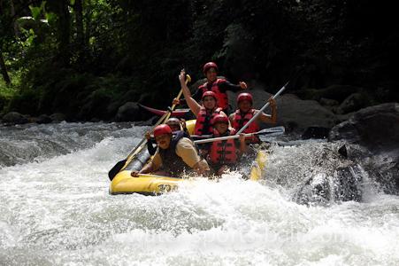 white water river rafting ubud