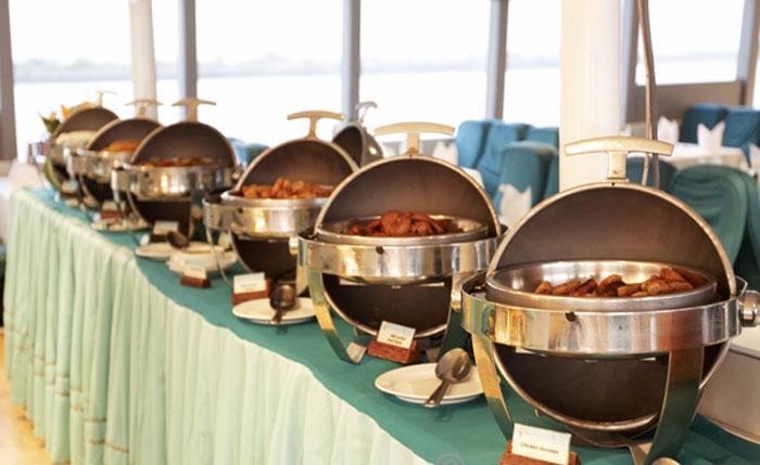 Bali Hai Reef Cruise Lunch Buffet Hot Side