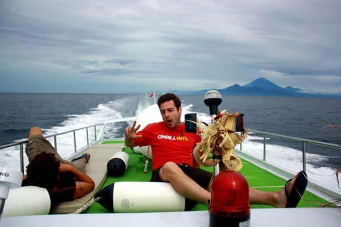 upper deck wahana fast boat