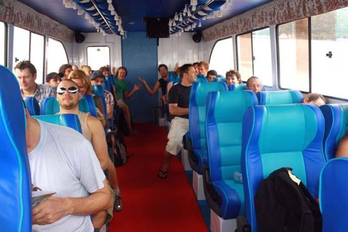 wahana gili fast boat interior