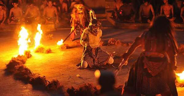 Uluwatu Temple Kecak Dance