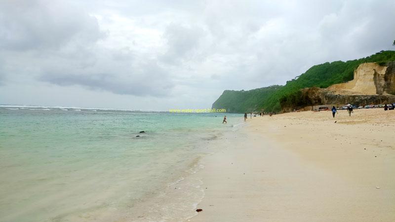 Pandawa Beach Competitors