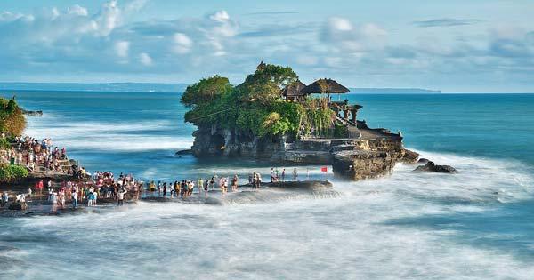 Tanah Lot Bali Amazing Place