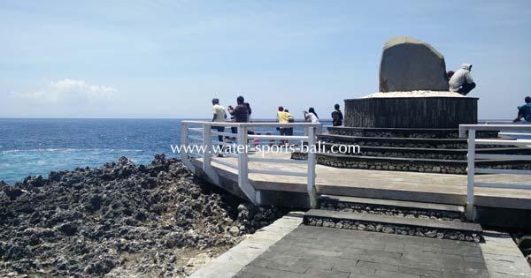 Cliff Edge Water Blow Bali