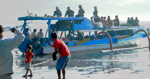 Slow Public Boat At Sanur