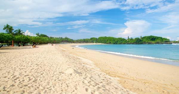Nusa Dua Clean White Sand Beach With Calm Waves