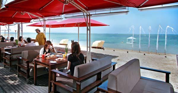 Sanur Restoran With Beach View