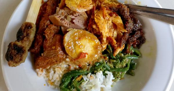 Menu Nasi Campur Warung Wardani Denpasar