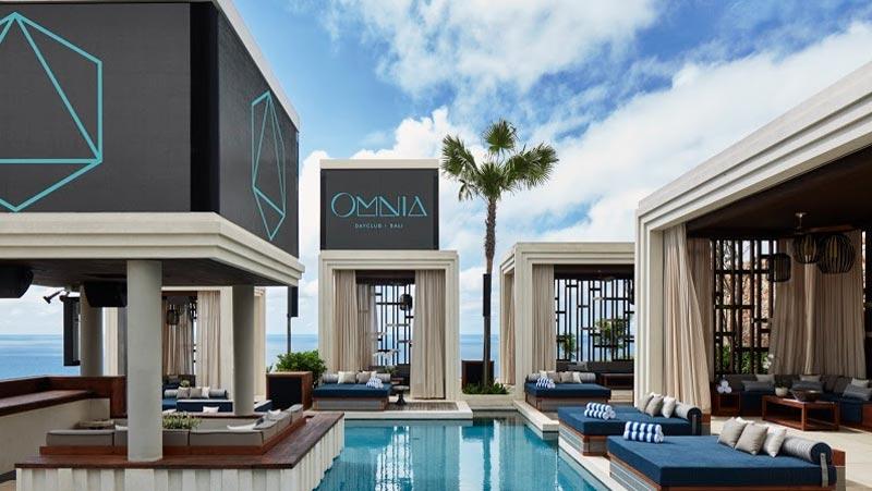 Cabanas VIP Area
