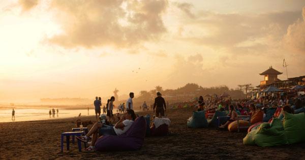 Hang Out On Canggu Beach Bali Shoreline