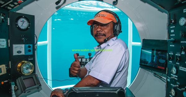 Bali Submarine Captain