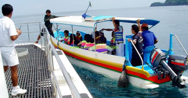 Take a Speedboat Ride
