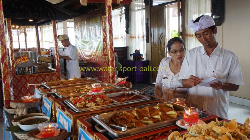 Grand Puncak Sari Dining Service
