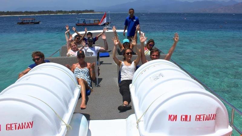 Rakit Solas Life Gili Getaway Fast Boat