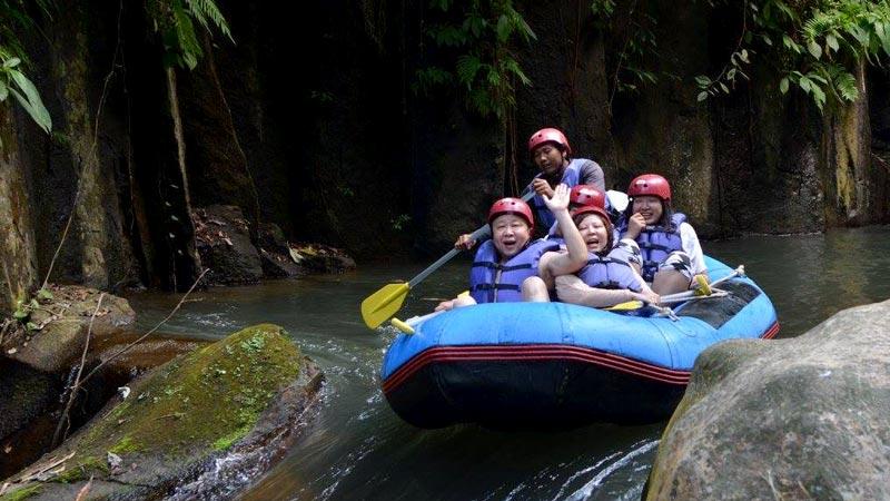 Melangit River White Water Rafting