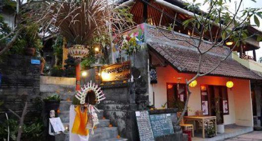 Fair Warung Bale Restaurant