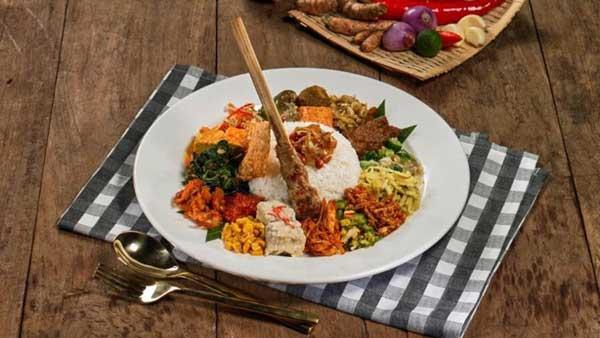 Made's Warung Seminyak Indonesian Food Menu